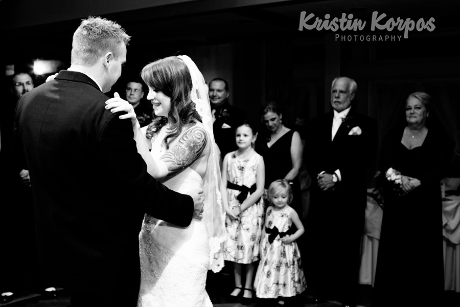 A42D4895 Melissa & Rob Sneak Peak   Barker Tavern Scituate Wedding Photographer